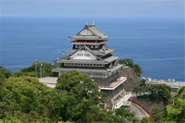 天守閣からの絶景と遊びを満喫!「熱海城」